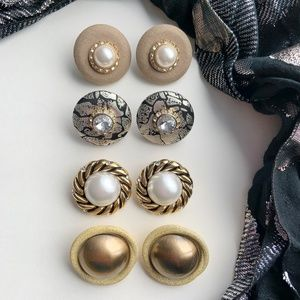 Lot of 4 vintage round clip earrings